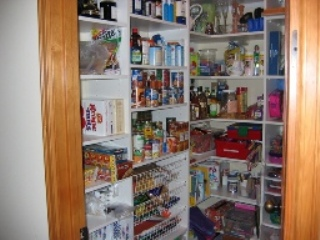 custom-pantry-design